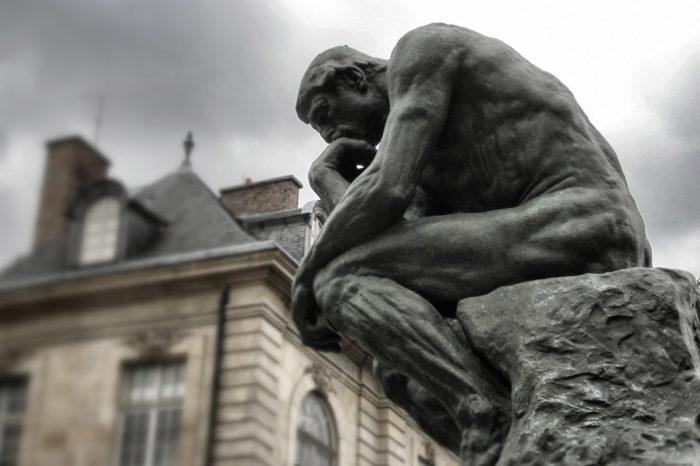 Se solicitan filósofos