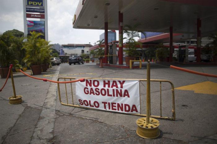Pdvsa ordenó también el desalojo de comercios ubicados en gasolineras