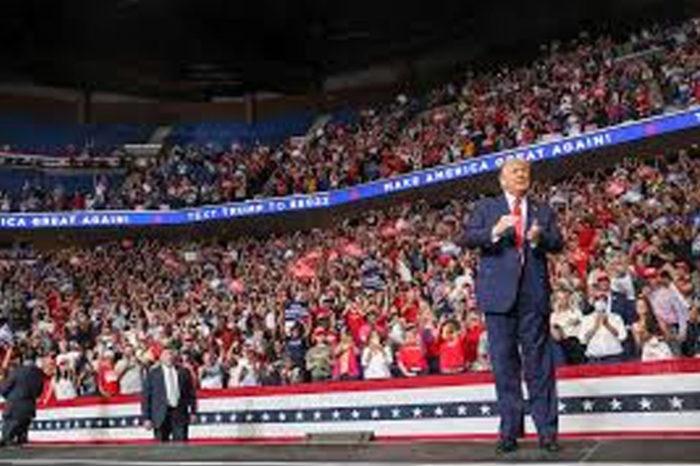 """Trump promete a estadounidenses """"ayuda económica"""" tras elecciones presidenciales"""