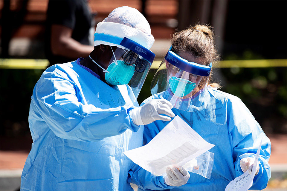 """Anticuerpos en personas que contrajeron coronavirus decae """"rápidamente"""" casos"""