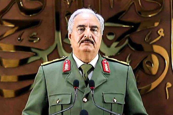 EEUU investiga supuestos negocios petroleros entre Maduro y comandante rebelde libio