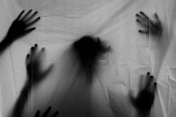 El aumento de las pesadillas, por Víctor Corcoba Herrero