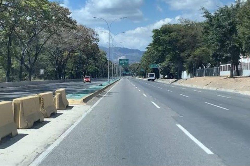 valle-coche-cuarentena venezuela Caracas