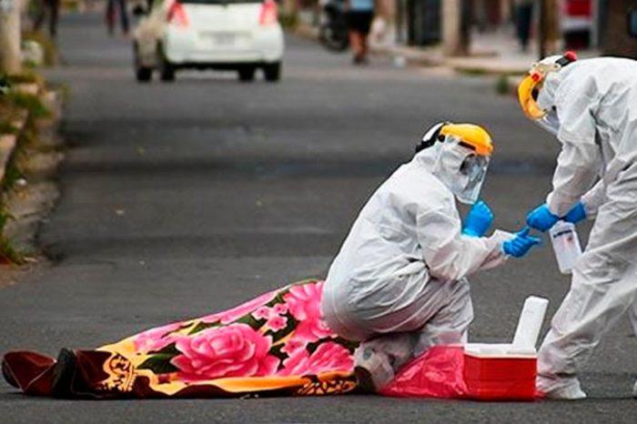 Siguen recogiendo muertos sospechosos de coronavirus en las calles de Bolivia