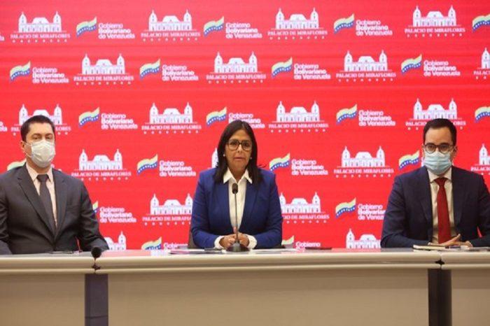 """Delcy Rodríguez: Decisión de corte británica sobre oro venezolano es """"una cosa grotesca"""""""