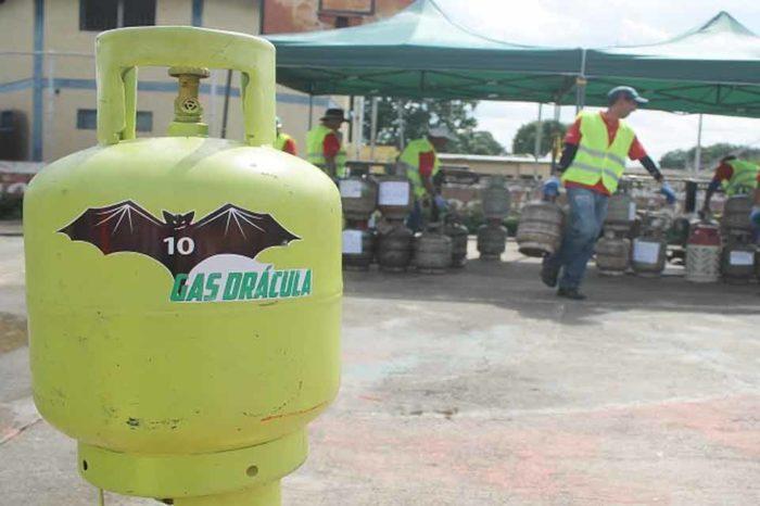 Pdvsa otorgó concesión de 14 gasolineras a la Corporación Gas Drácula de Lacava