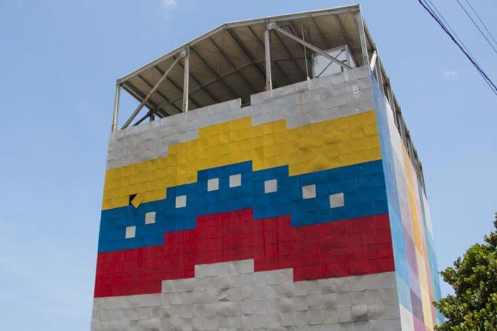 Maduro confirma que adecuarán gimnasios verticales para recibir pacientes de covid-19