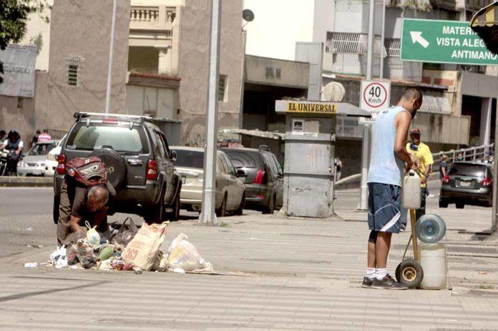 Basura y deterioro es lo que se aprecia en calles de la parroquia San Juan
