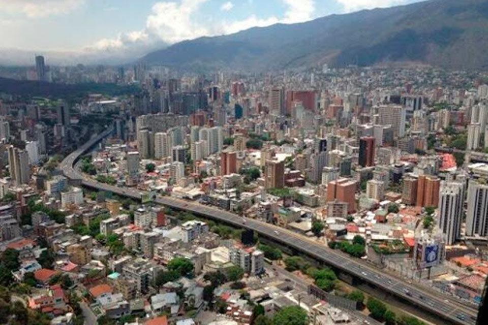 Volando a ciegas Venezuela
