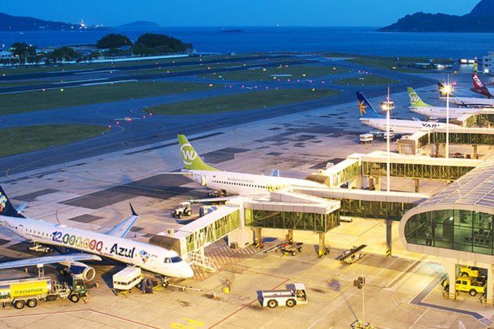 Brasil reabre sus fronteras aéreas mientras registra récord de muertes por covid-19