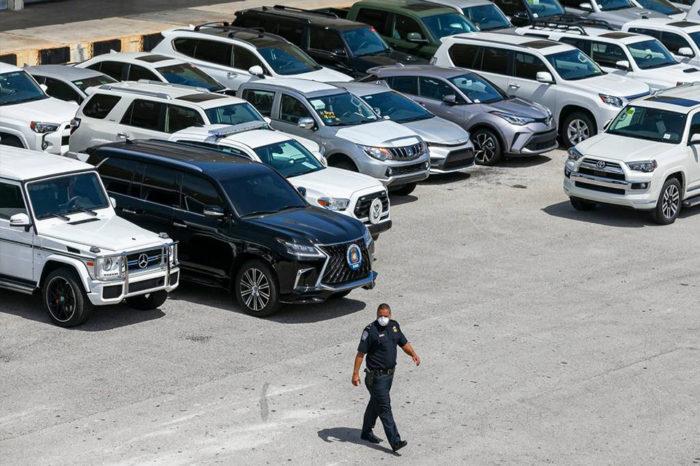 EEUU confisca 80 autos de lujo que dueño de Globovisión iba a enviar a Venezuela