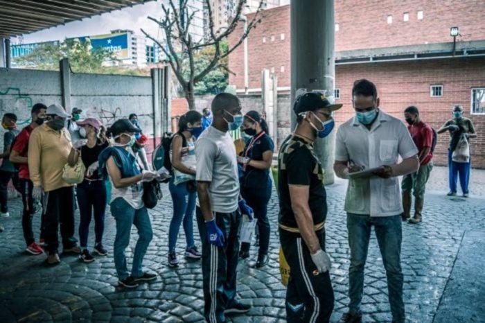 Habilitan biblioteca pública en Zulia para aislar a pacientes con covid-19