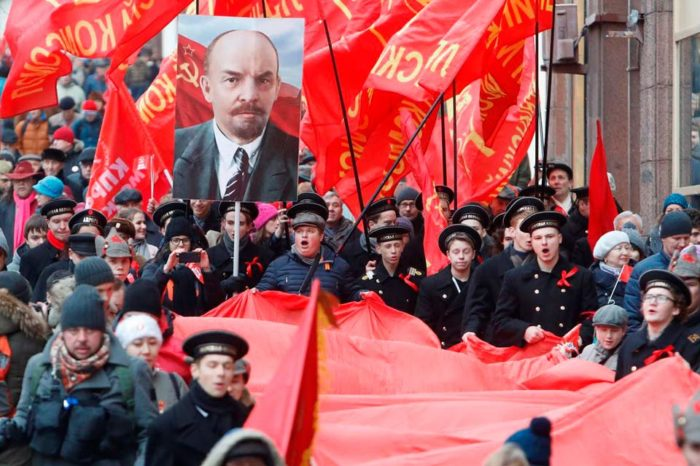 103 años de comunismo, por Bernardino Herrera León
