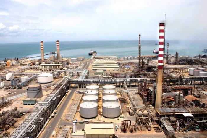 Refinería Cardón estaría produciendo unos 25.000 barriles diarios de gasolina