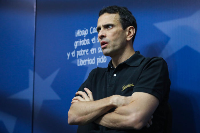 """Capriles asegura estar consciente del """"peso político"""" de su estrategia"""