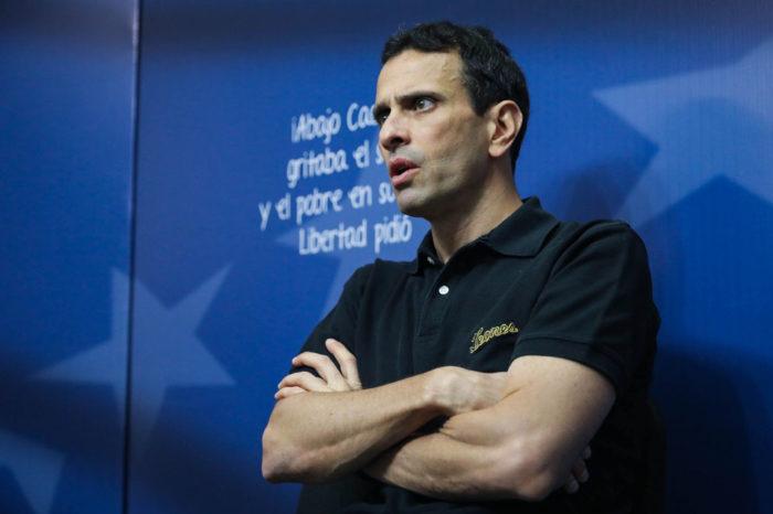 "Capriles se mueve para activar su ""fuerza del cambio"" pasito a pasito"