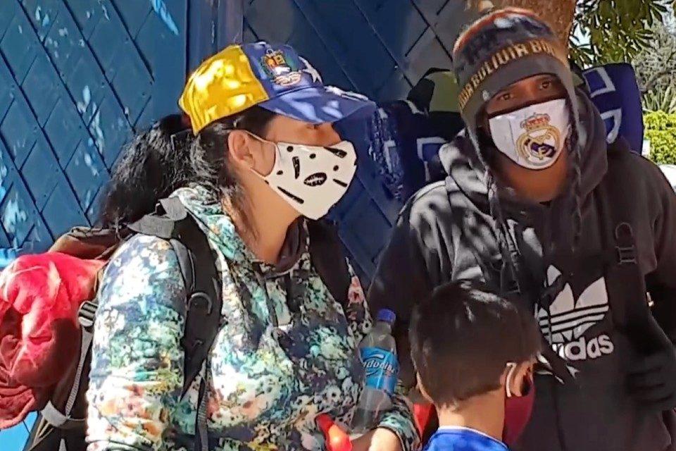 """Migrantes venezolanos que cruzaban desierto chileno """"casi no la cuentan"""""""