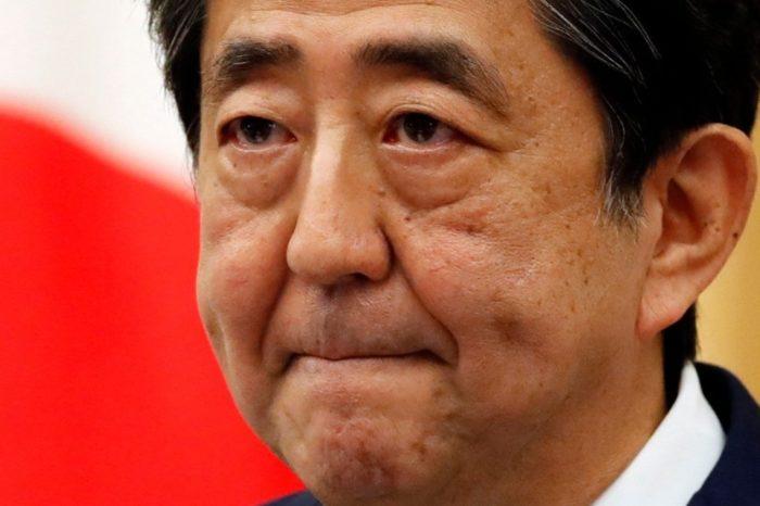 Renuncia primer ministro japonés por problemas de salud