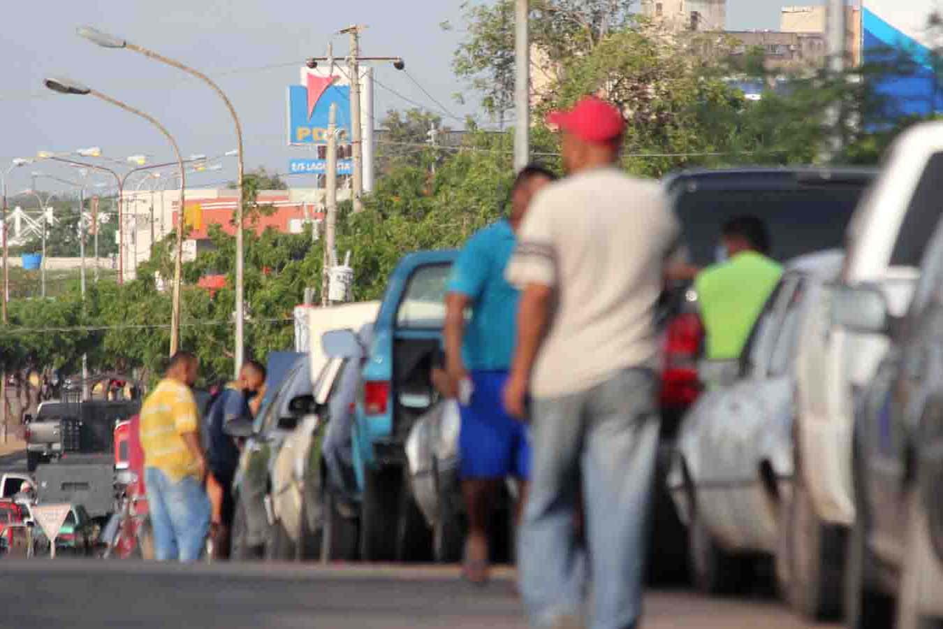 Sin gasolina en Zulia
