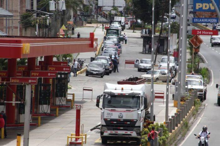 Pdvsa se queda sin opciones para surtir el mercado interno de gasolina