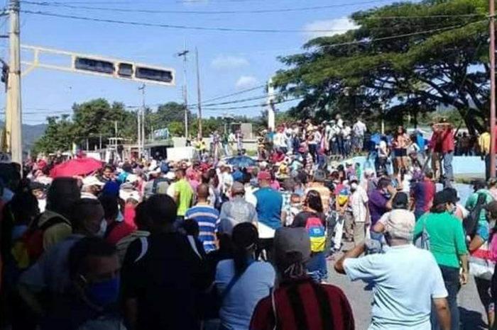 Habitantes de Urachiche protestaron por el colapso de los servicios públicos