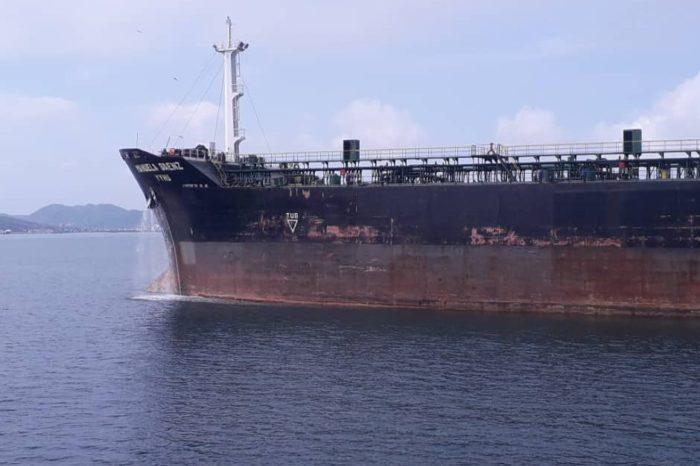buque manuela saenz gasolina