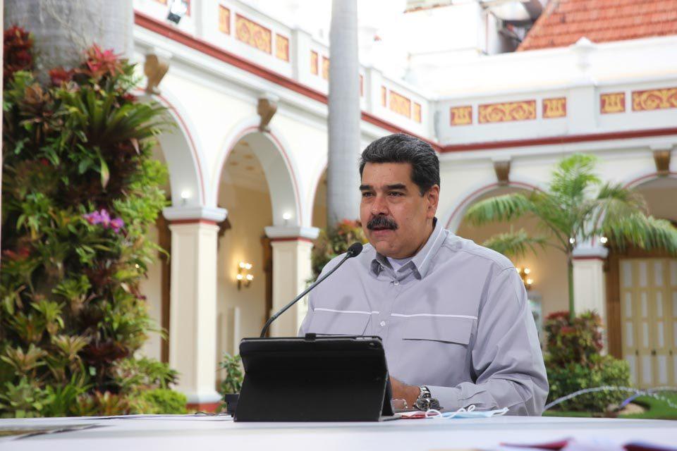 Maduro asoma acuerdo con Cuba