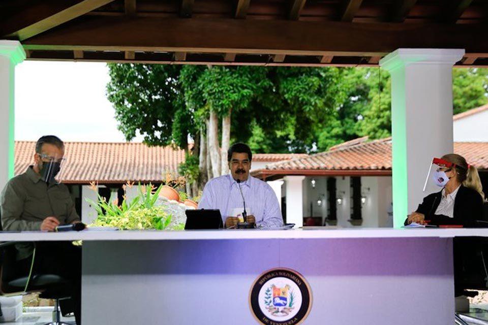 Nicolás Maduro anuncia exportación de ganado