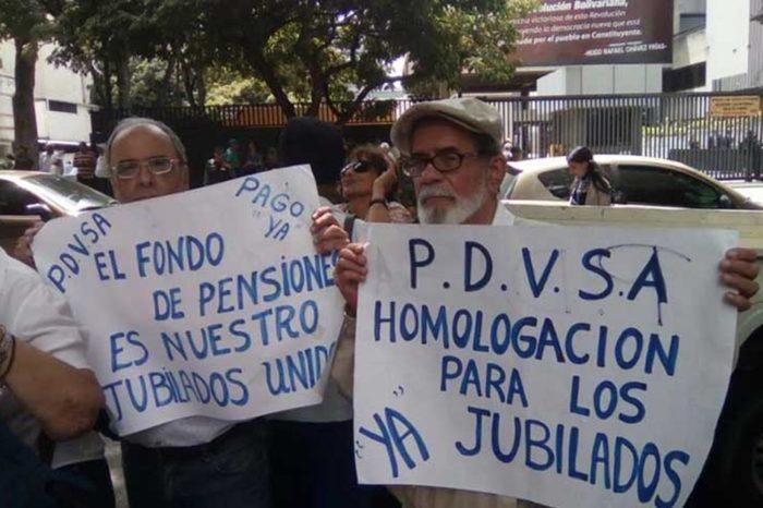 """Jubilados de Pdvsa exigen sus """"churupos"""" ante los oídos sordos del oficialismo"""