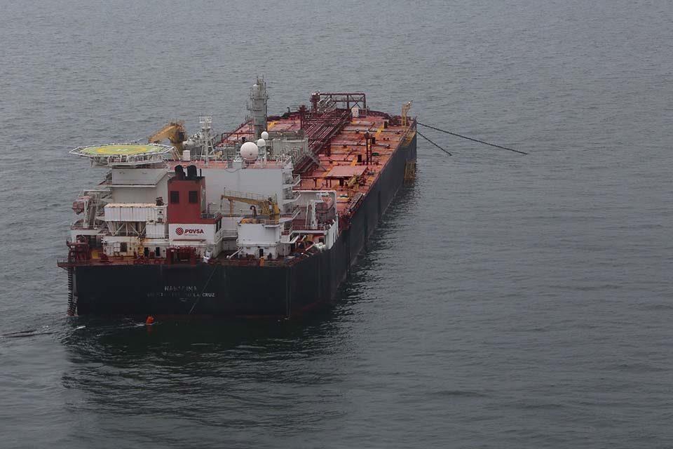 ENI busca sacar petróleo