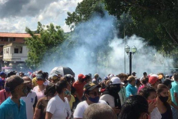 Dirigentes de oposición respaldan protestas en Yaracuy desde redes sociales