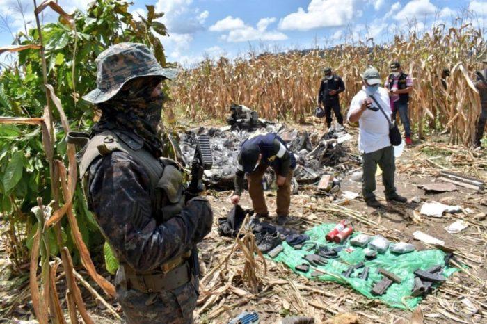 """El raro viaje de """"narcoavioneta"""" derribada en Guatemala tras partir del Zulia"""