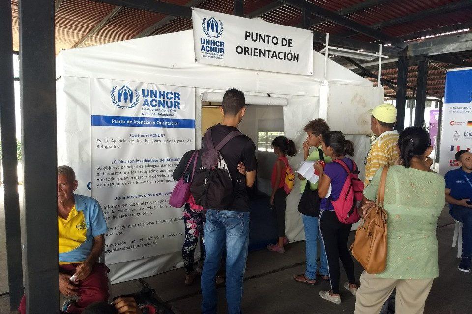 Acnur migrantes venezolanos Colombia
