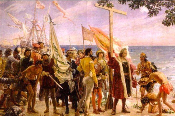 Cruz, arcabuces y espadas