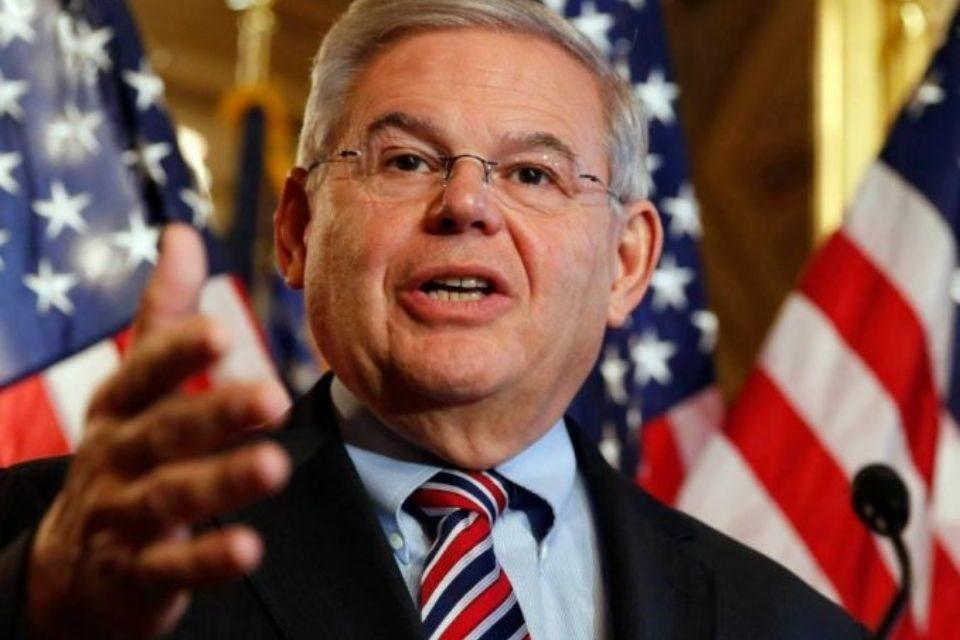 Senador de EEUU Bob Menéndez - Deportación