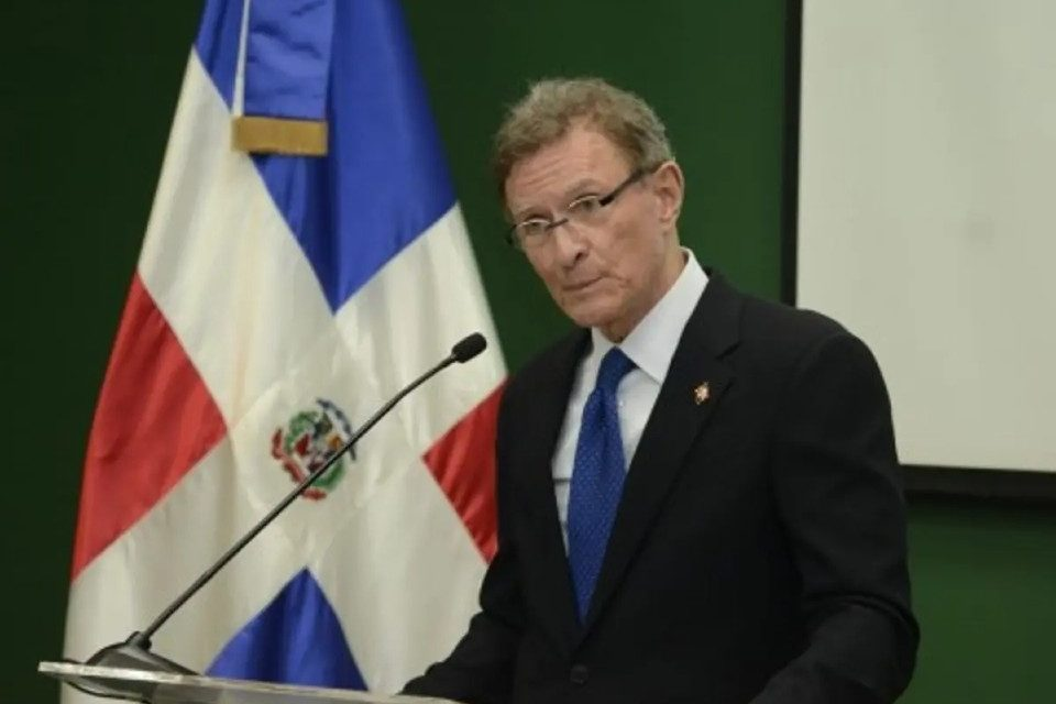 Quién-es-Roberto-Álvarez República Dominicana Venezuela
