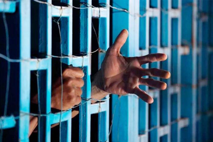 Más de 400 presos de San Fernando de Apure sufren por agua potable