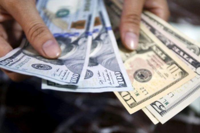 Dólar sube casi Bs. 100.000 en ocho días y supera los Bs. 600.000