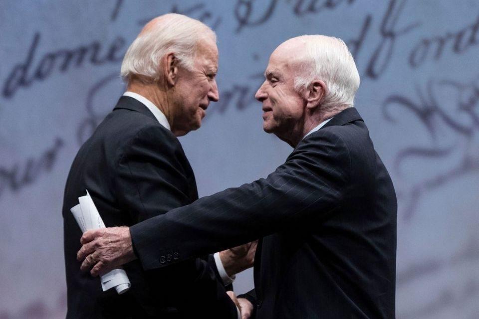 John Biden y John McCain