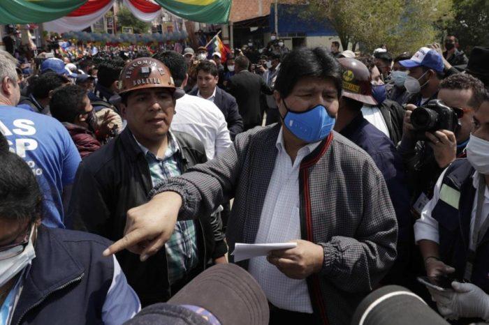 Una multitud recibió a Evo Morales a su regreso a Bolivia este #9Nov