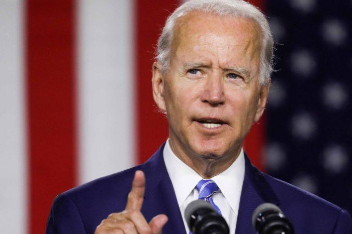Biden podría usar una bota ortopédica tras fractura en el pie derecho