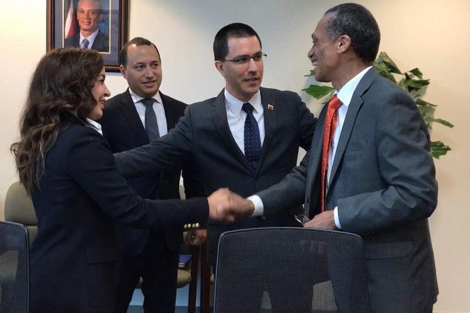 Jorge Arreaza solicita reunión con Trinidad y Tobago