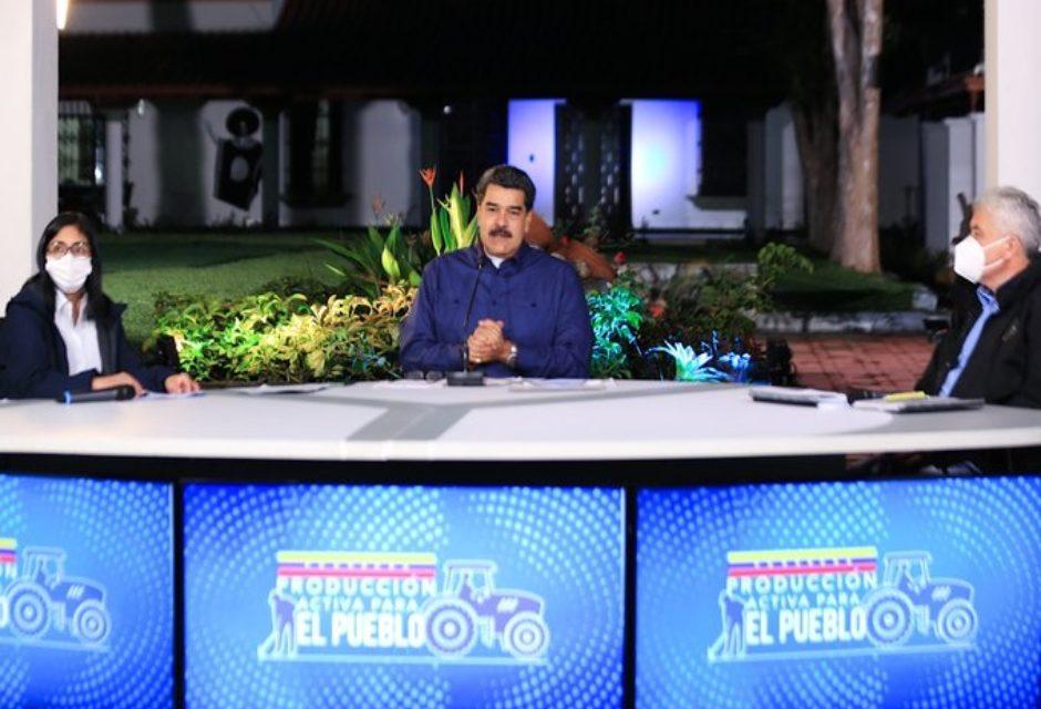 Maduro debates canales de televisión