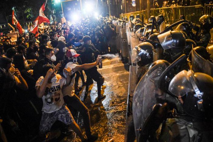 Protestas en Perú pondrían en peligro la estabilidad de sus elecciones presidenciales
