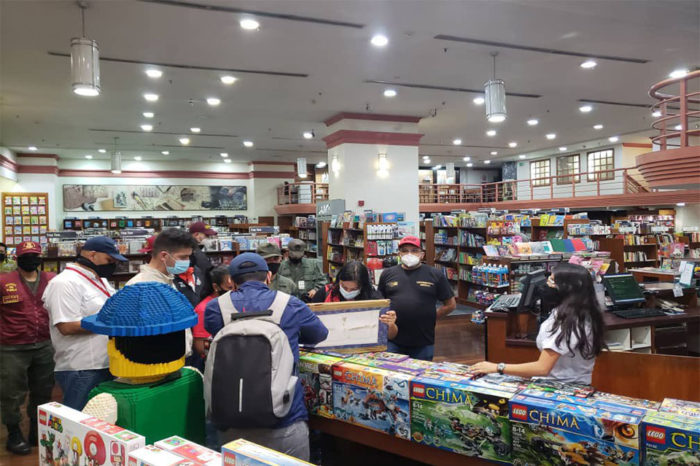 Seniat pone el ojo a comercios tras reapertura luego de meses de paralización
