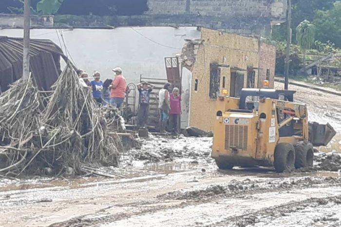Tres desaparecidos tras desbordamiento del río Caparo en Táchira