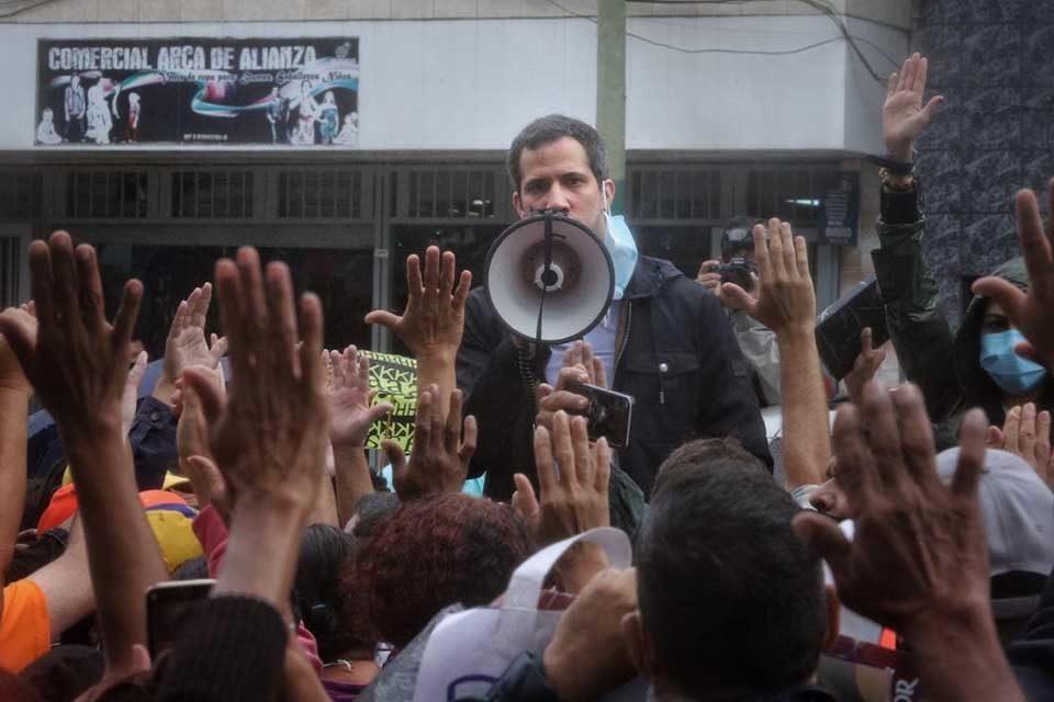 Juramentación comando consulta popular Los Teques