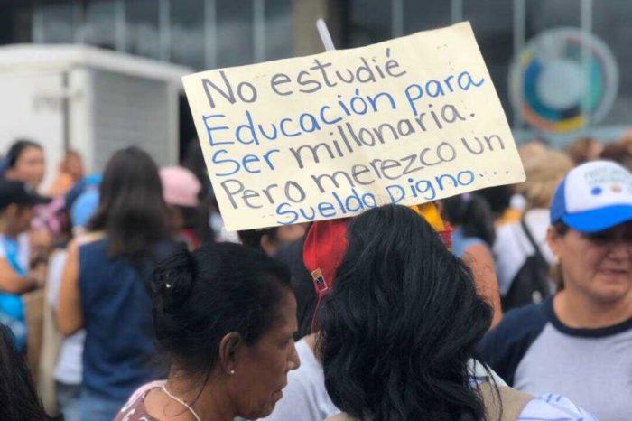 Protesta educadores