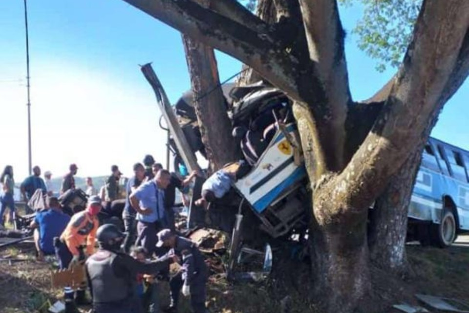 Accidente de tránsito en carretera Tinaquillo-Valencia dejó al menos siete fallecidos