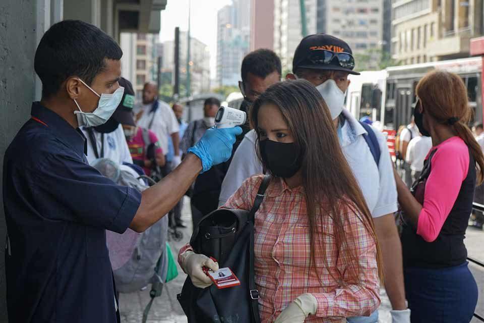 La mitad de los 329 casos de coronavirus de este #4Dic se registraron en La Gran Caracas